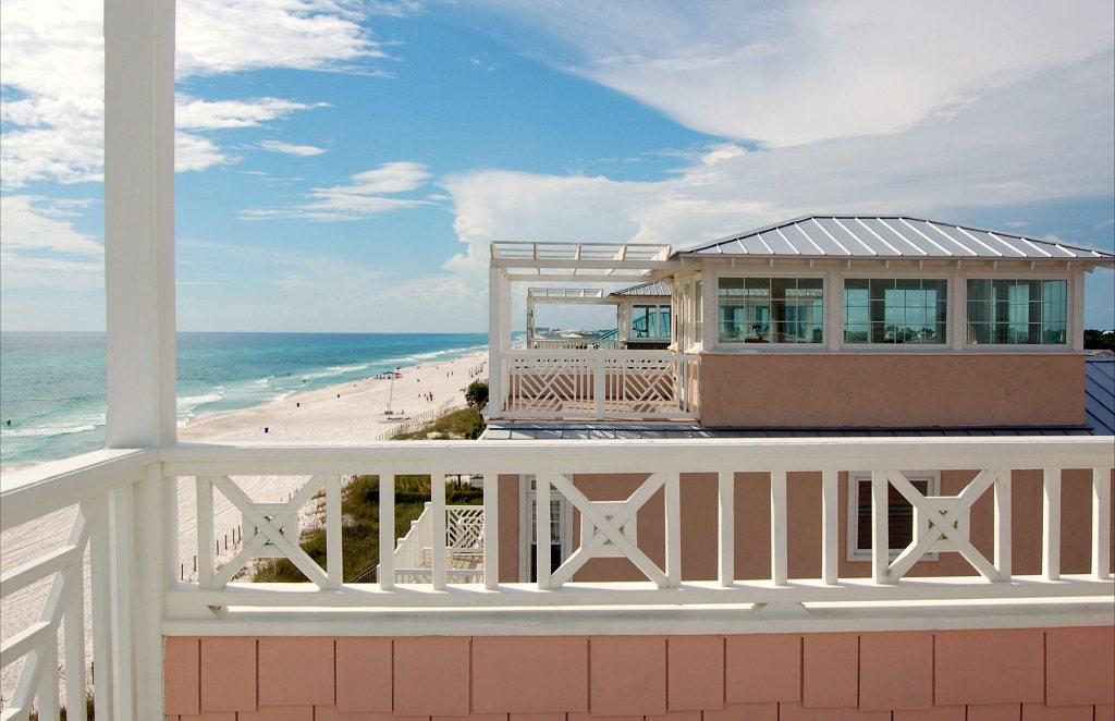 Pineapple Villas Beach House